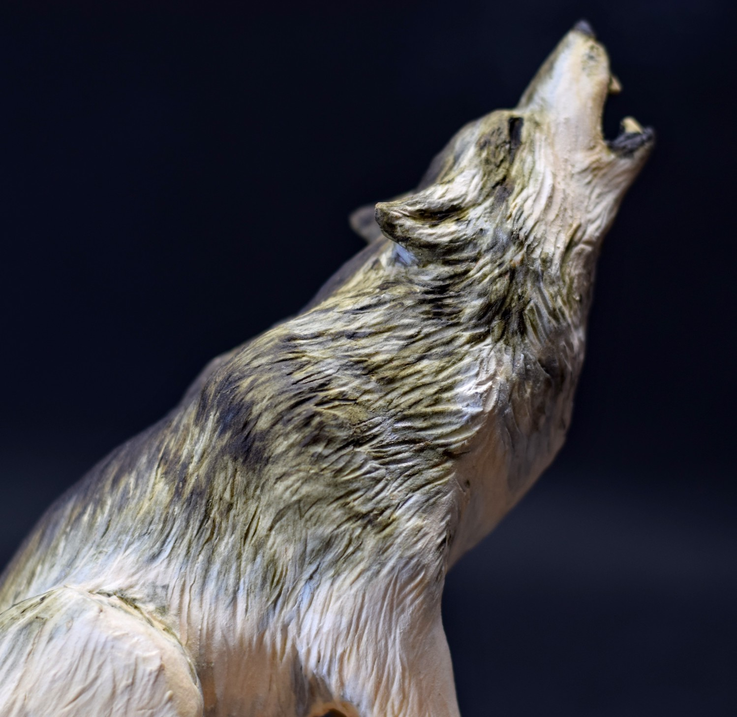 Howling Wolf
